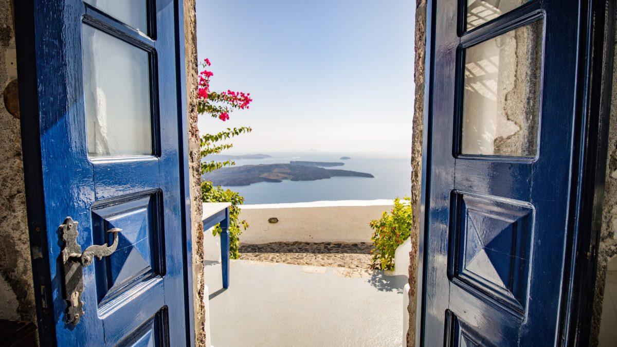 Bejárati ajtó ötletek, amelyek átalakítják az otthonunk arculatát